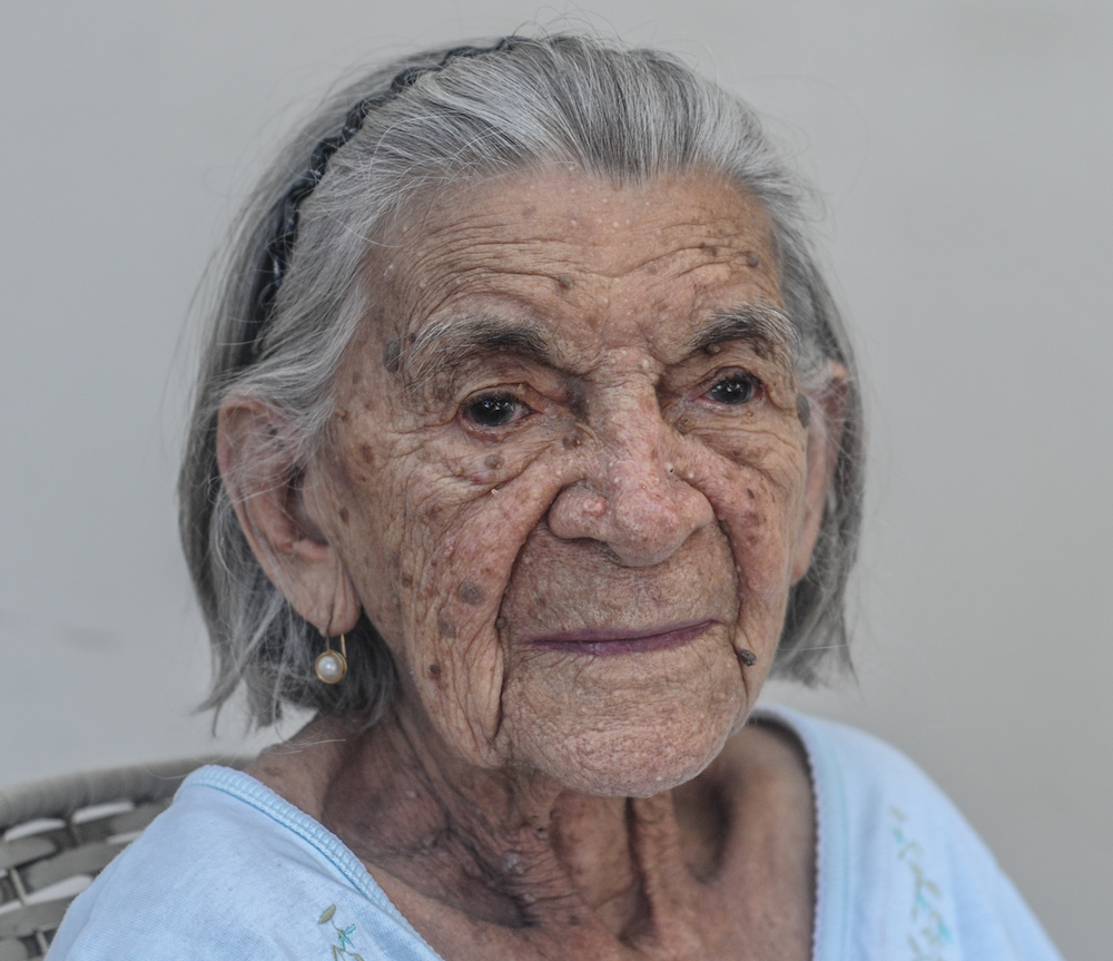 Venezuelan_woman_of_94_years_old_from_Margarita_island